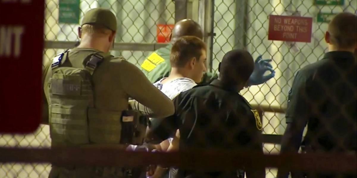 Tiroteo en Florida: Cruz visitó dos cadenas de comida rápida tras la masacre