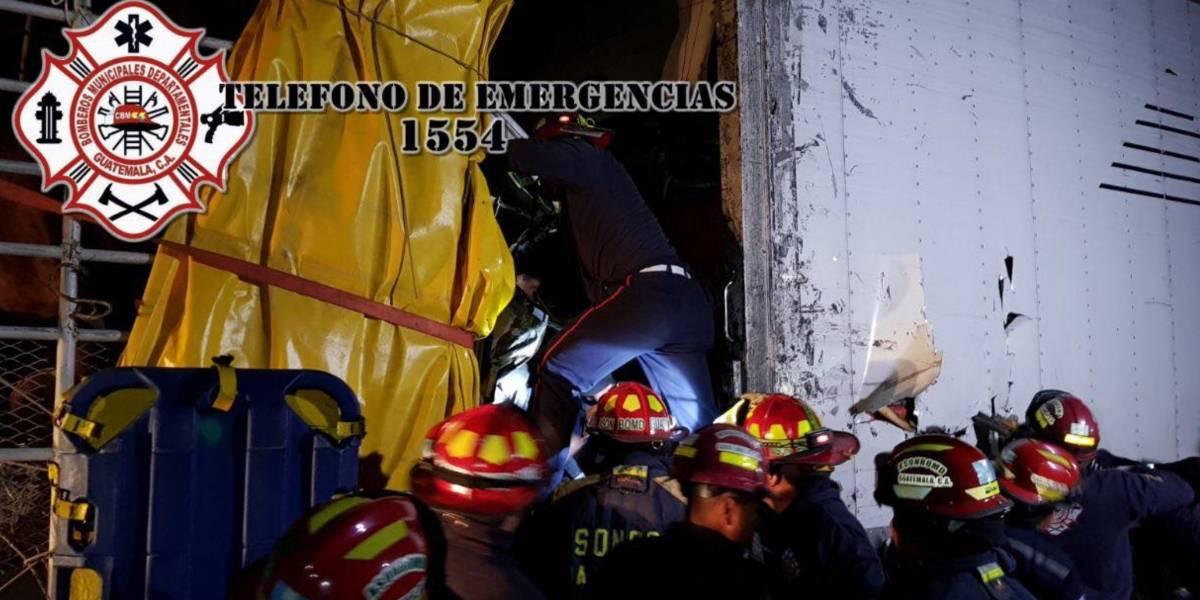 Dos fallecidos y dos heridos en accidente de tránsito en Sacatepéquez