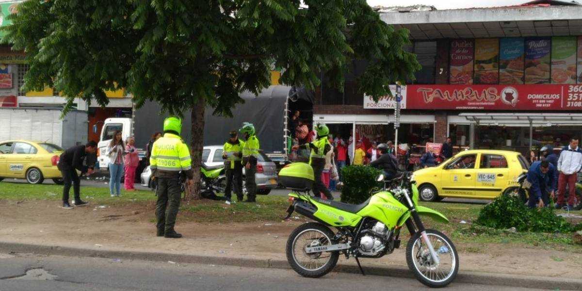 ¡Atención! Policía Metropolitana halla bomba panfletaria en Bogotá