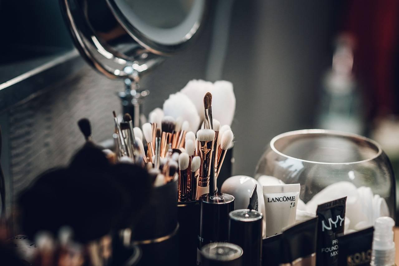 Razones por las que no debes prestar nunca tus cosméticos