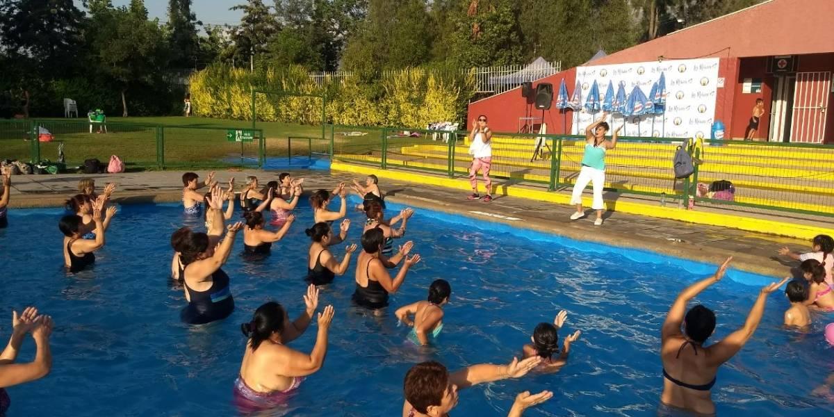 ¿Con ganas de seguir disfrutando del verano? La Reina habilita unas de las piscinas más baratas de Santiago hasta el 4 de marzo