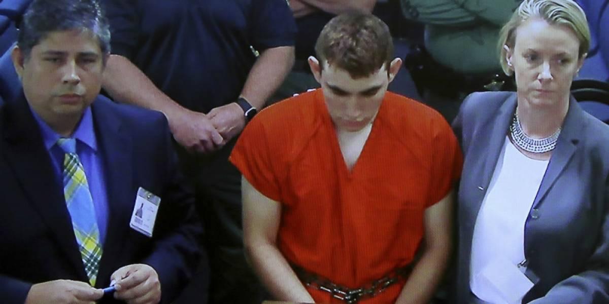 Nikolas fue a comer hamburguesas tras cometer la masacre en Florida