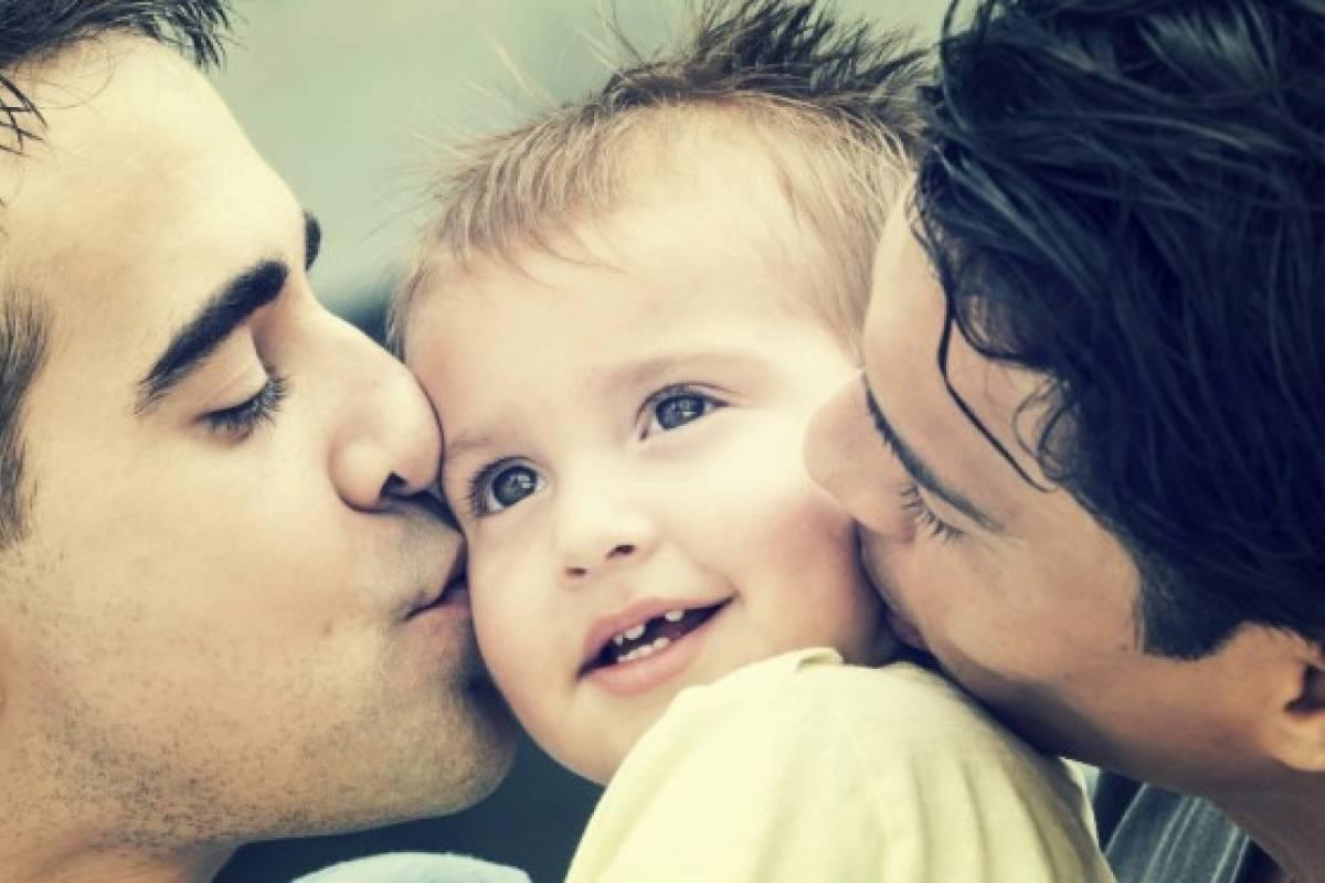 Parejas del mismo sexo podrán tener hijos biológicos muy pronto