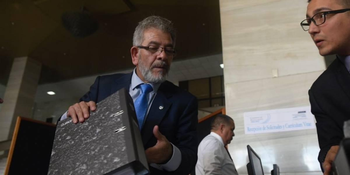 Aceptan expediente de juez Miguel Gálvez para postularse para Fiscal General