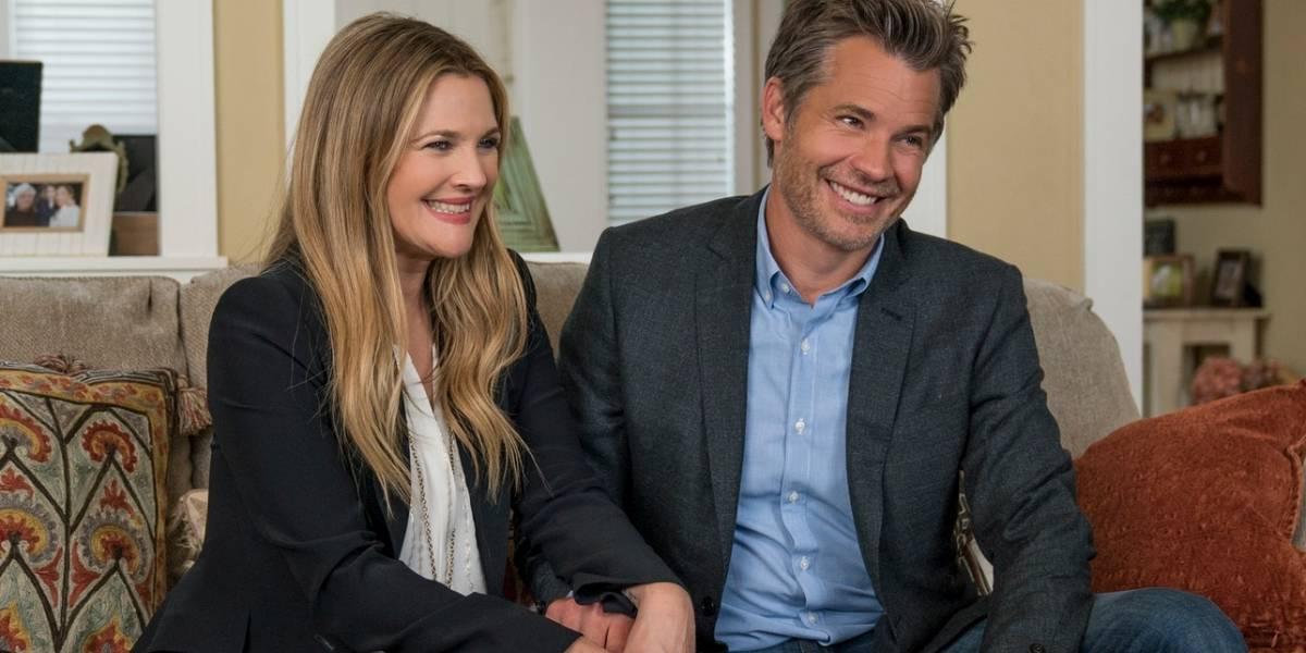 Santa Clarita Diet: Netflix libera imagens da segunda temporada da série