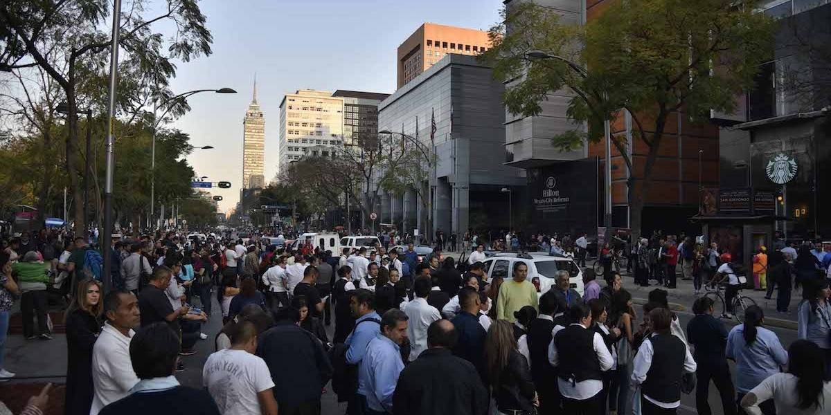 Se registra fuerte sismo de magnitud 7.2 con epicentro en Pinotepa Nacional
