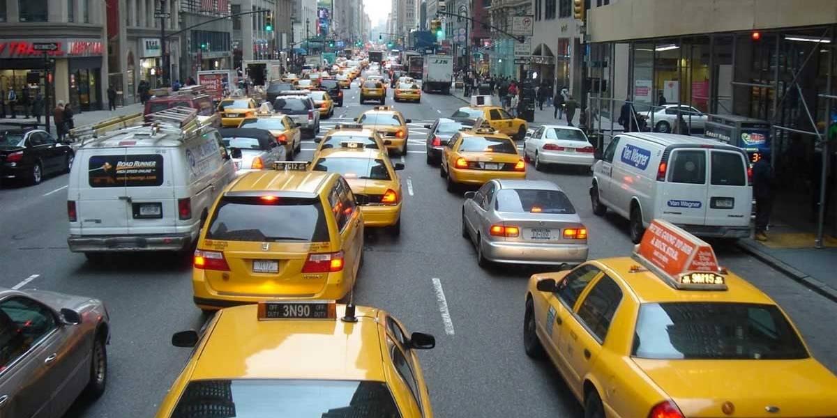 NY estuda adotar pedágio urbano para veículos na cidade