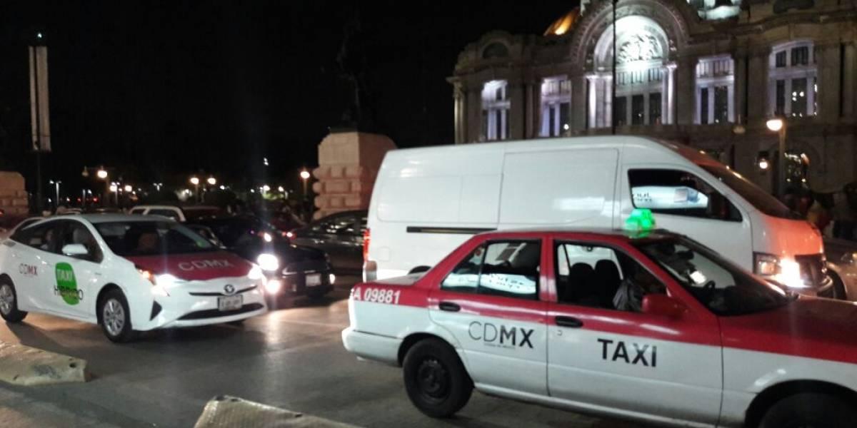Hasta mil 200 pesos cobran taxistas en el Centro Histórico tras sismo