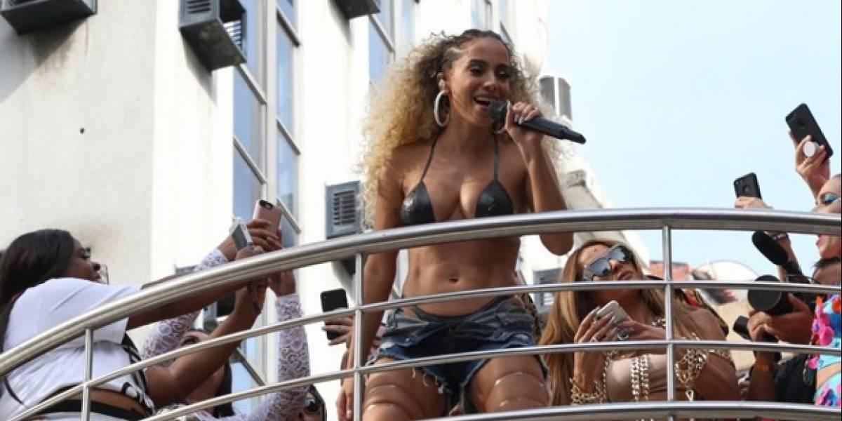 Vai malandros! Anitta é a cantora mais ouvida pelo público acima de 60 anos