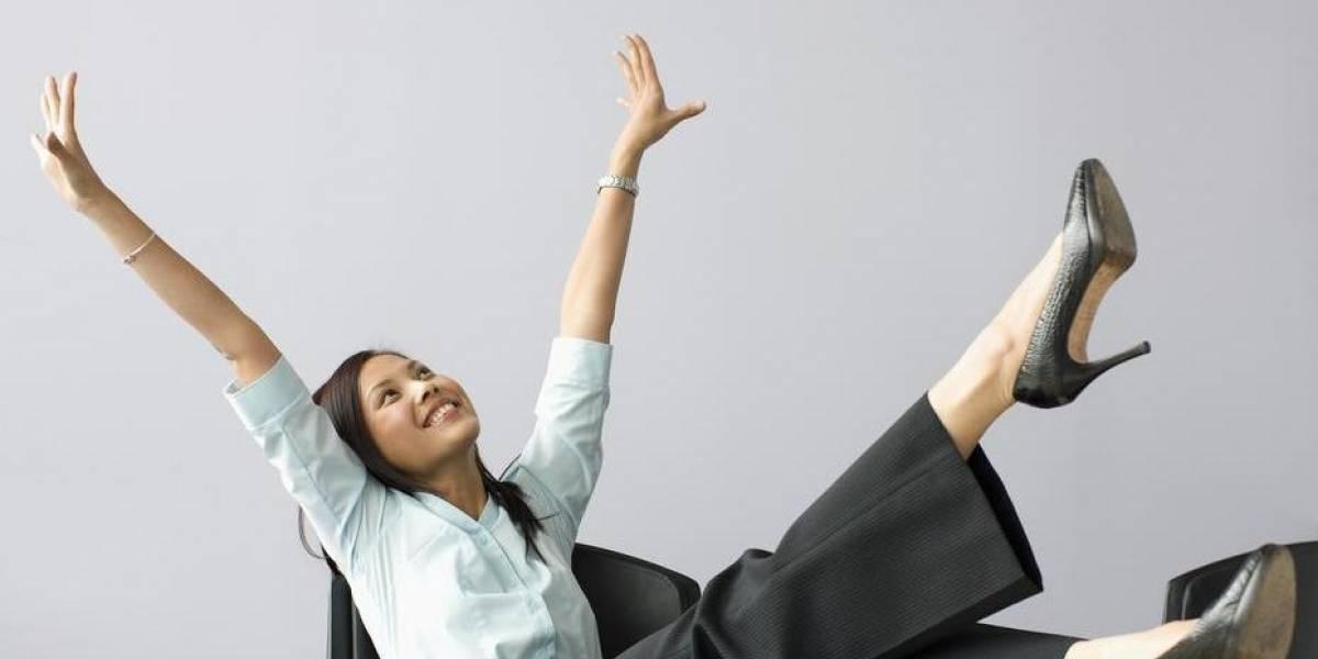 Satisfacción laboral sube seis puntos en un año y alcanza 73% de trabajadores a gusto