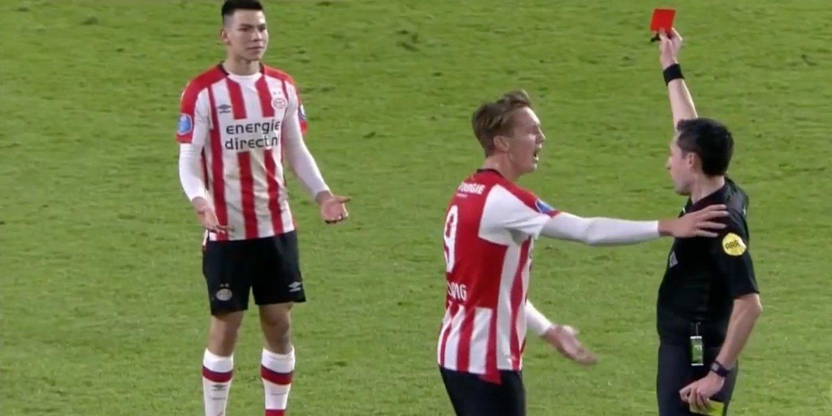 VIDEO: ¿Rigurosa? Así fue la expulsión del 'Chucky' Lozano que encaminó el empate del PSV