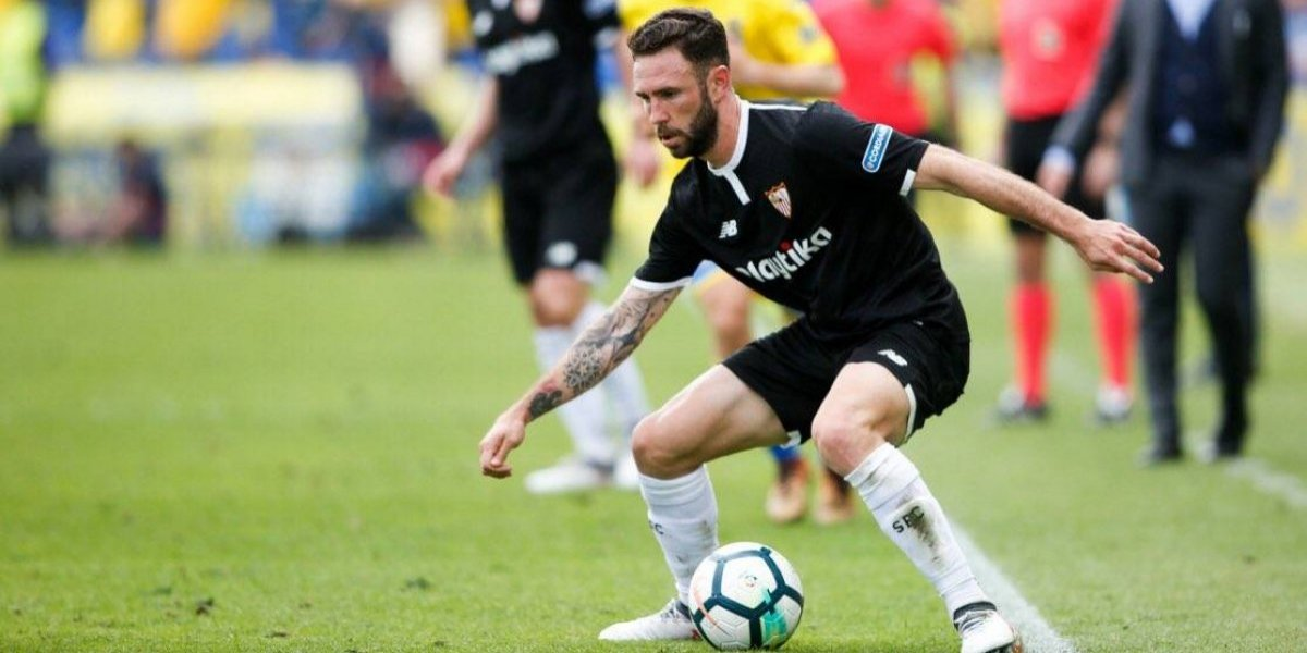 Layún es titular en victoria del Sevilla frente a Las Palmas