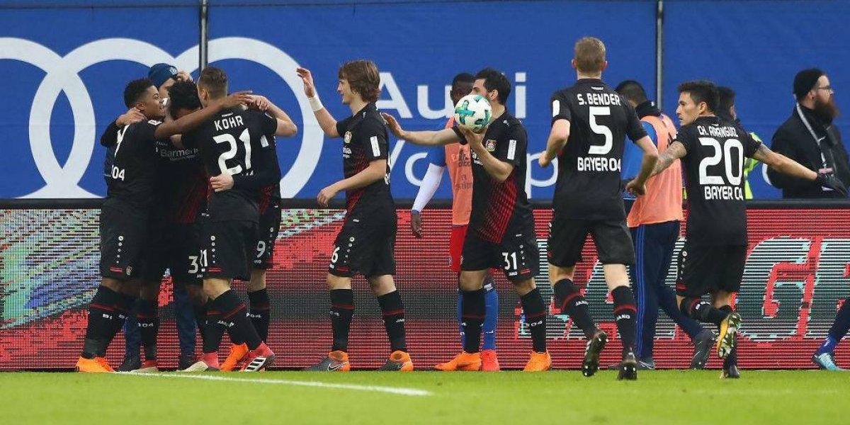 Charles Aránguiz regresó a la titularidad y Bayer Leverkusen volvió a las victorias