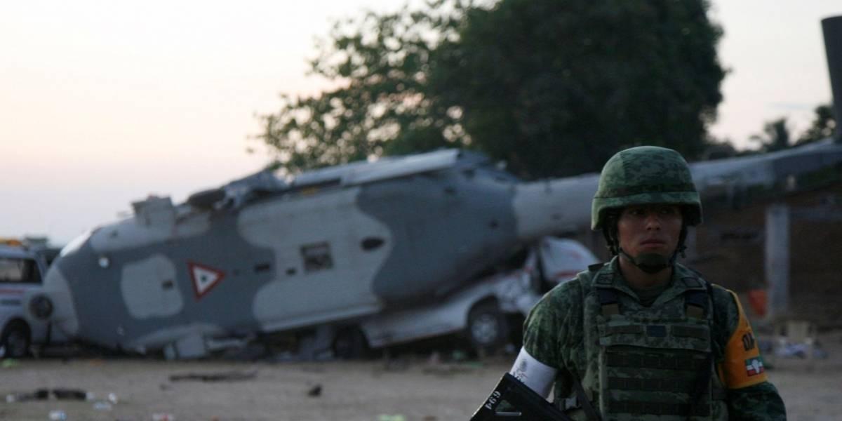 Sobe para 13 o número de mortos após queda de helicóptero no México