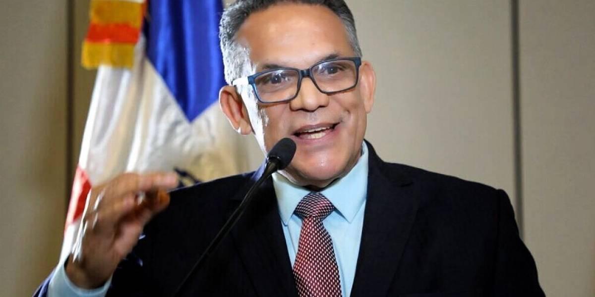Camejo dice trabajará propuesta para reforma de administración pública