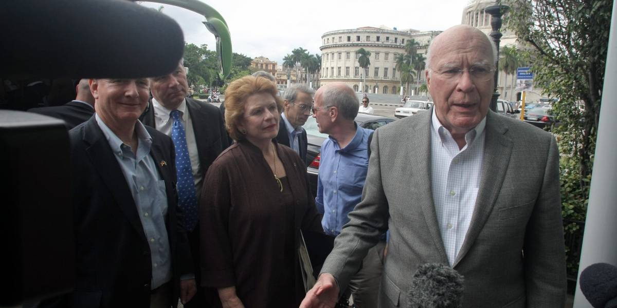Congresistas de EU visitan Cuba para investigar 'misteriosos' ataques a diplomáticos