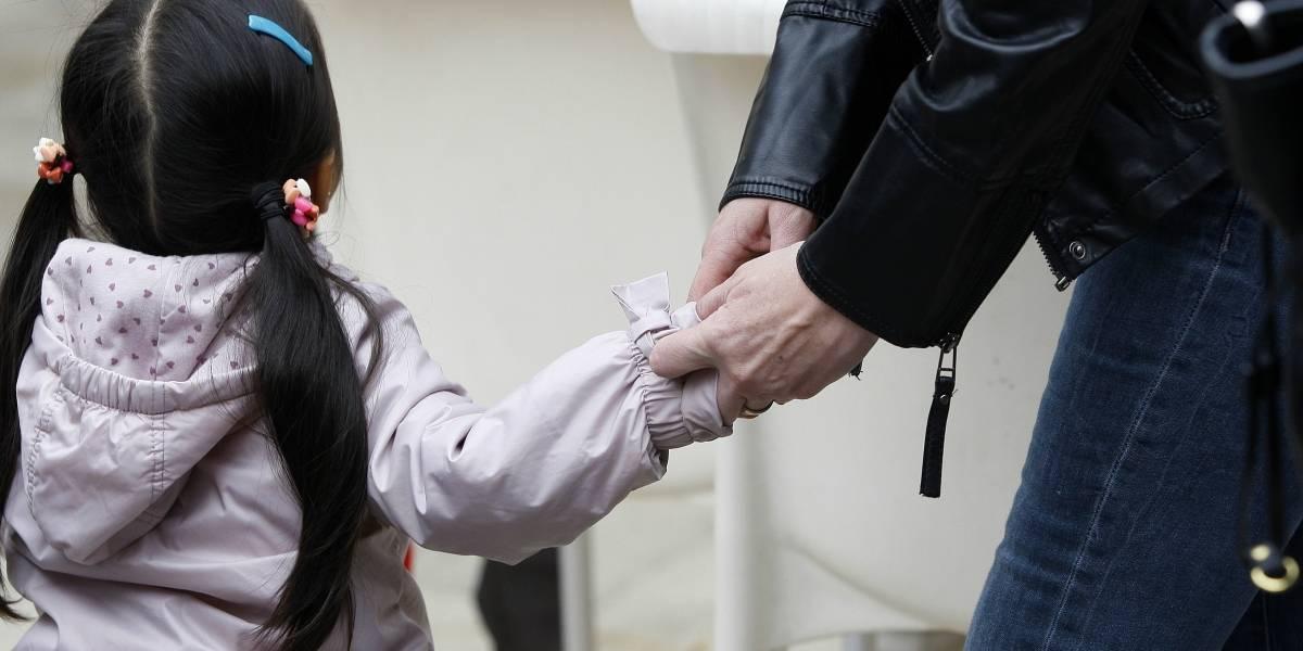 Juez Mario Carroza investiga más de 500 casos de niños adoptados en el extranjero