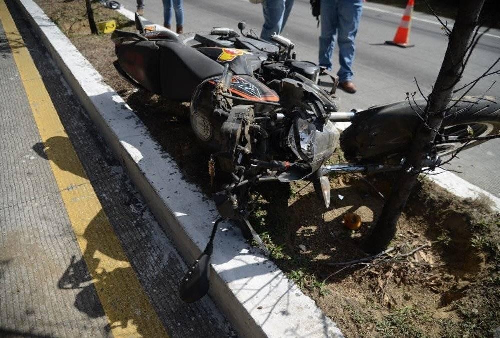 Fiscales se presentaron para recabar las pruebas del accidente.