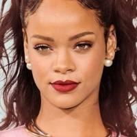 Rihanna aparece con finísimas cejas y todas las chicas tiemblan