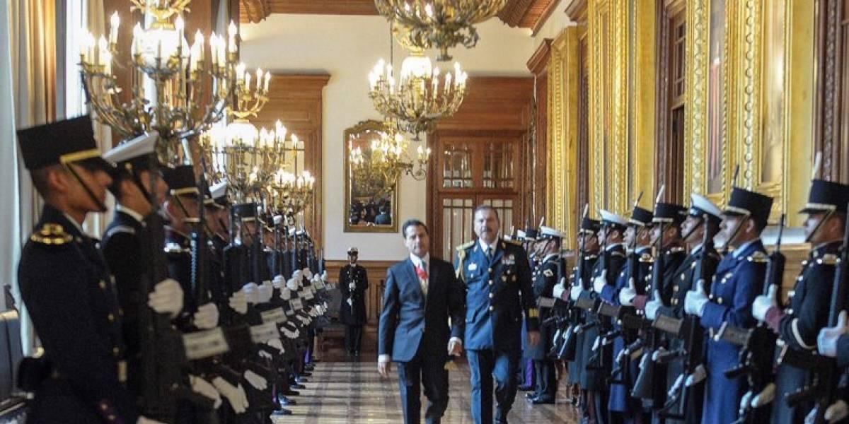 Peña Nieto agradece apoyo del Estado Mayor Presidencial