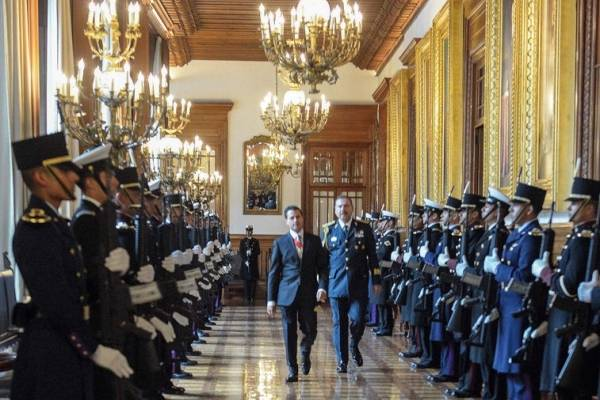 Mantendré una Presidencia apegada a la Constitución: Peña Nieto