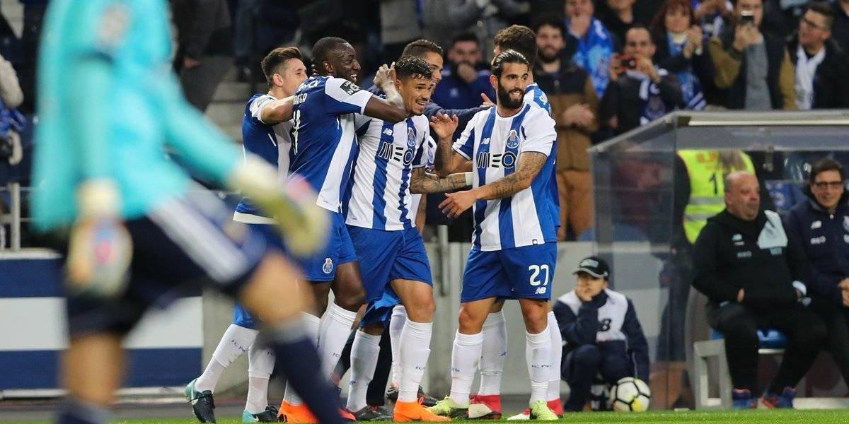 Con Herrera y Corona, Porto mete manita ante Río Ave