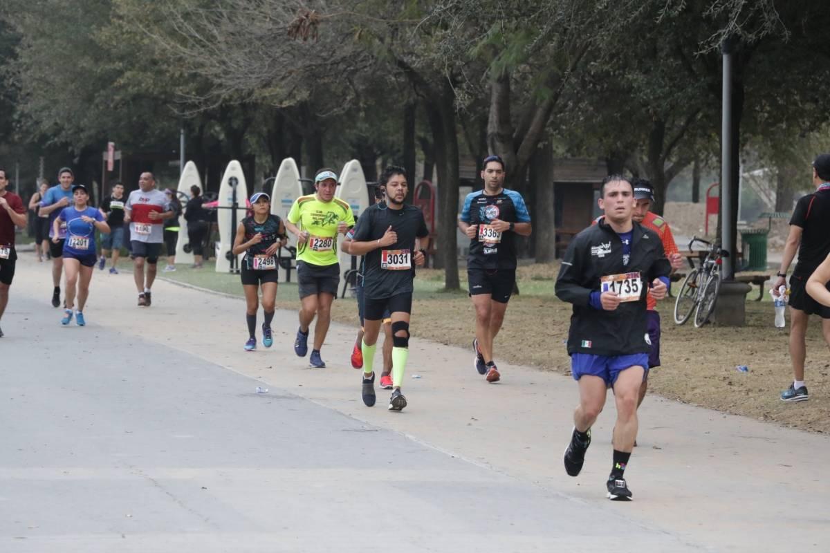 Más de seis mil participantes se dieron cita en Parque Fundidora. Israel Salazar