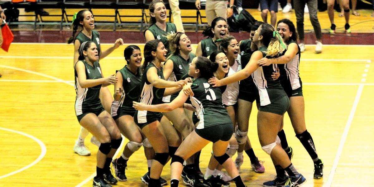 Juanas del RUM revalidan en campeonato del voleibol universitario