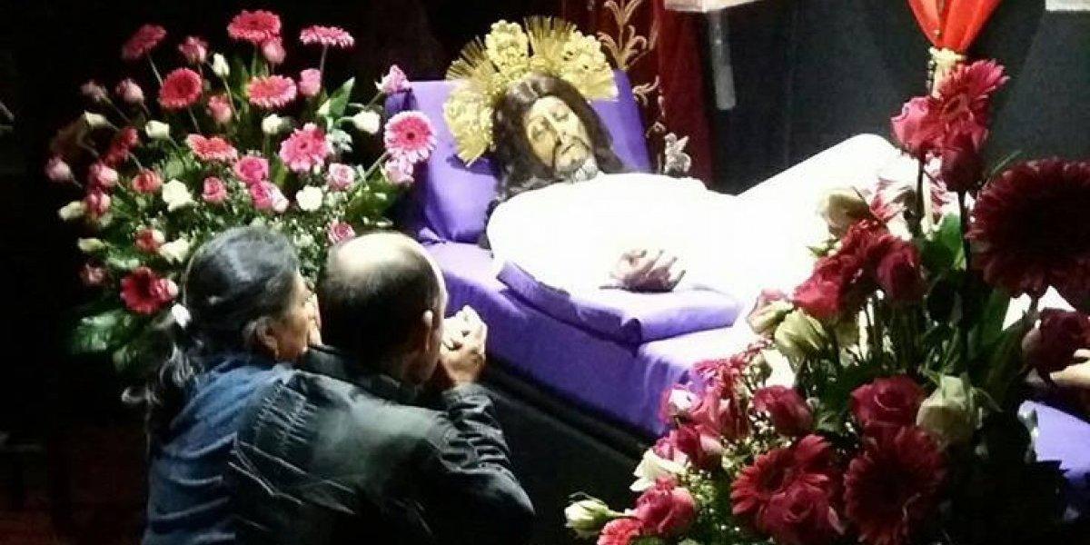 Peregrinan de Mixco a San Felipe de Jesús, movidos por su inquebrantable fe