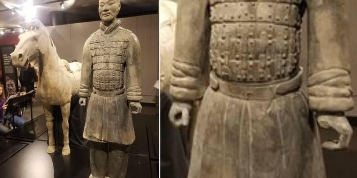 """Autoridades chinesas pedem """"punição exemplar"""" para americano que roubou polegar de estátua de 2 mil anos"""