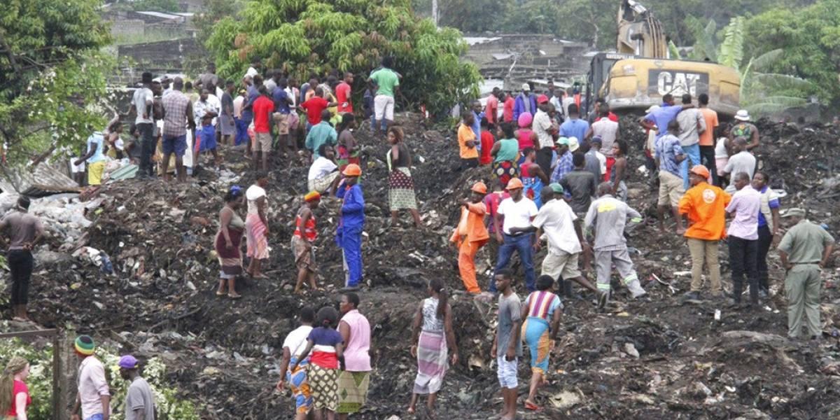 Al menos 17 muertos tras el colapso de una montaña de basura en Mozambique