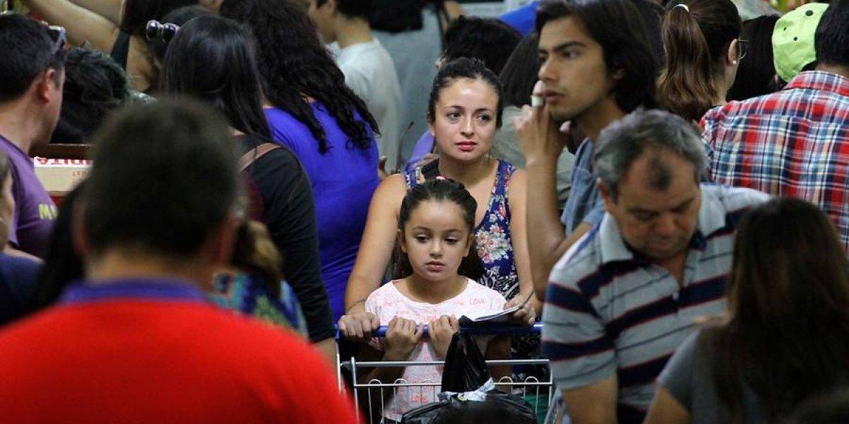 Sernac alerta a padres y apoderados: Avances en efectivo encarecen el regreso a clases