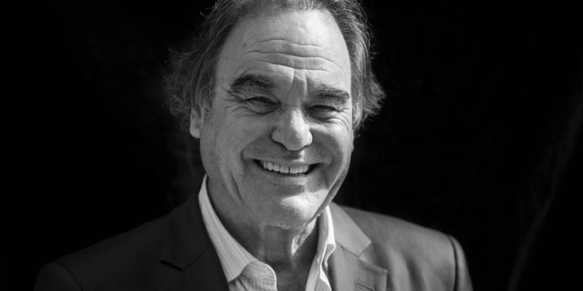 El director Oliver Stone estará en Colombia para la cuarta versión del festival Smartfilms