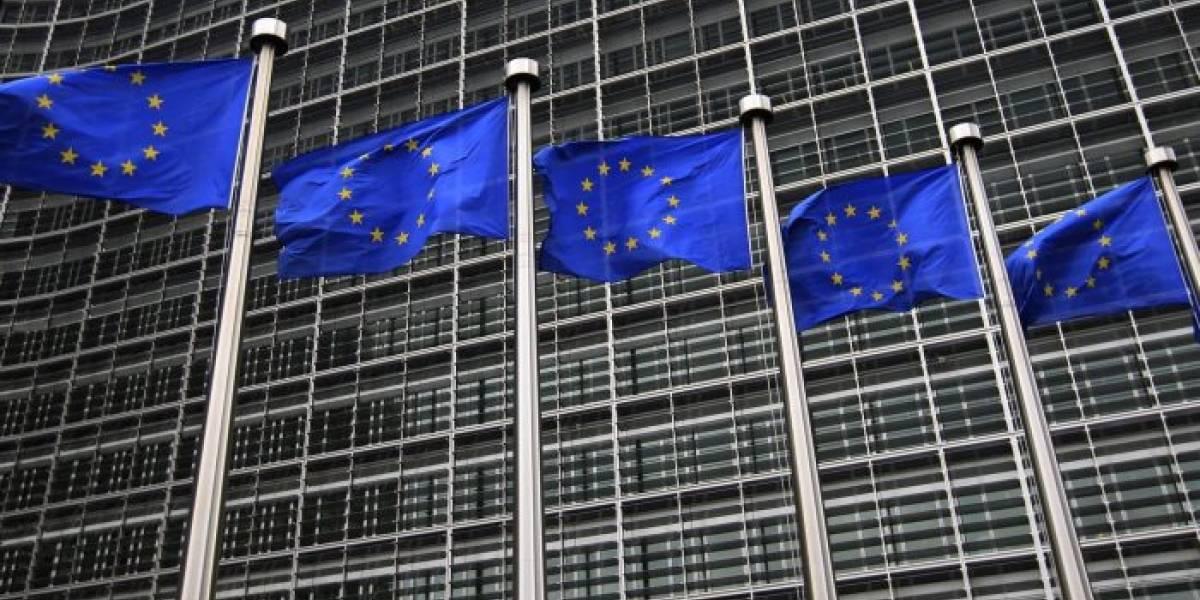 Emplazan a Facebook y Twitter a que se adecuen a las normas de la Unión Europea