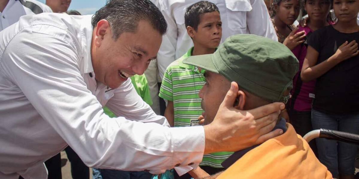 Pastor Evangélico desafía a Maduro con candidatura presidencial