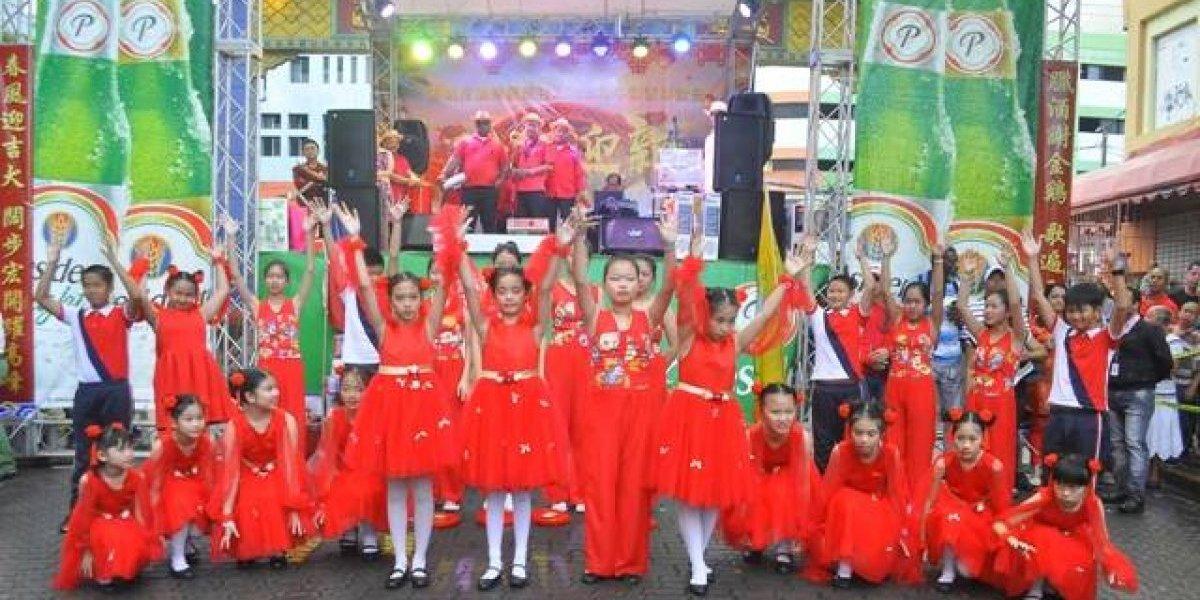 RD celebró el Año del Perro con tradicional fiesta china