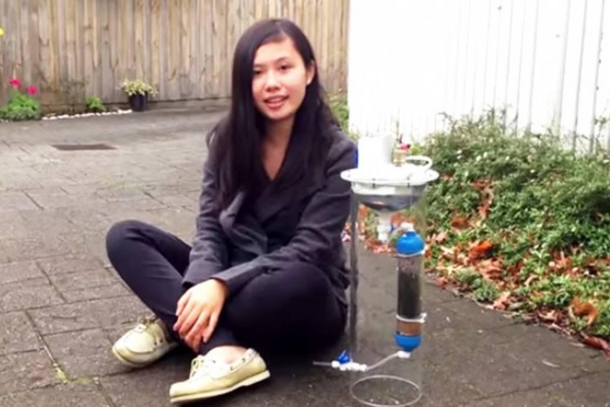 Adolescente crea un dispositivo que purifica agua y genera energía al mismo tiempo