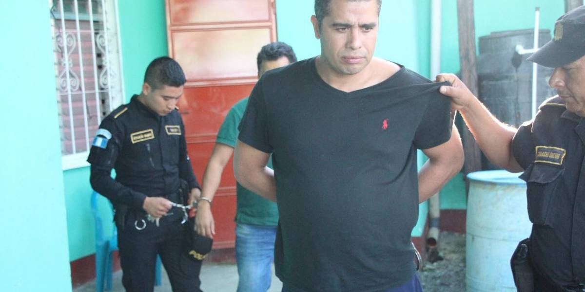PNC captura a dos mexicanos con tarjetas de crédito clonadas