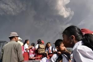 erupcionvolcanmontesinabungindonesiafebrero20182-5081fe7ece74be61127efe92ffddad18.jpg