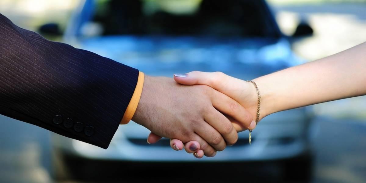 ¿Bajan ventas, pero sube el crédito automotriz? A usted le conviene