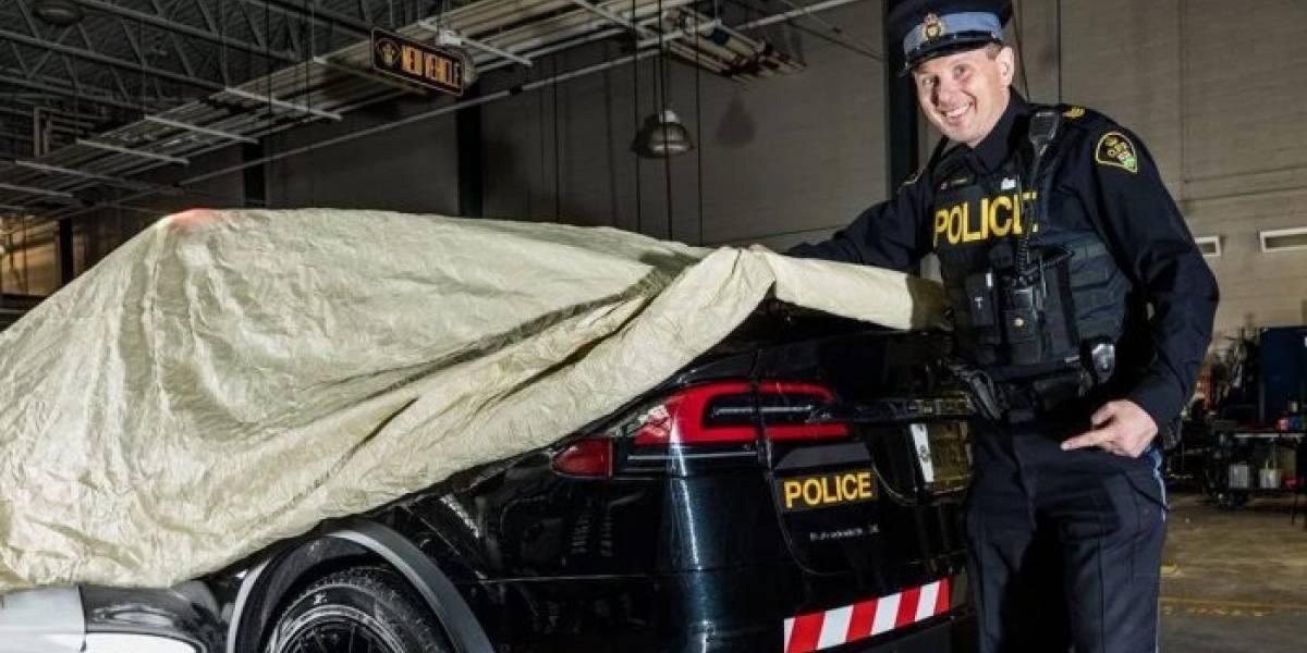 Policía de Ontario convierte un Tesla Model X en patrulla