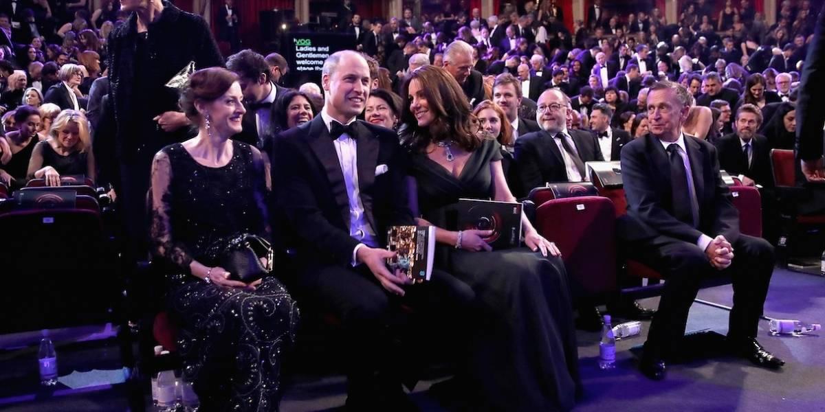 Kate Middleton não usou vestido preto no Bafta e isso está dando o que falar
