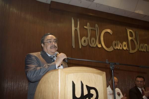 Carlos Pavón