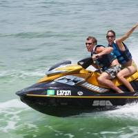 Multan a dos personas por correr Jet Ski en la Laguna de Condado