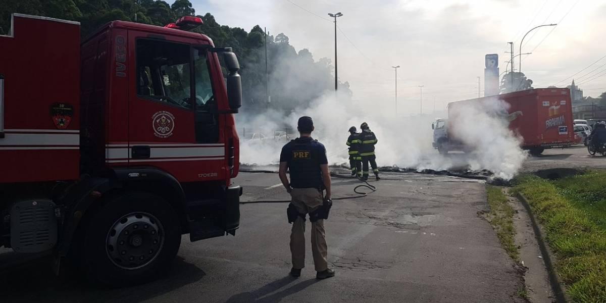 Rodovias de São Paulo são fechadas por protesto contra reforma da Previdência