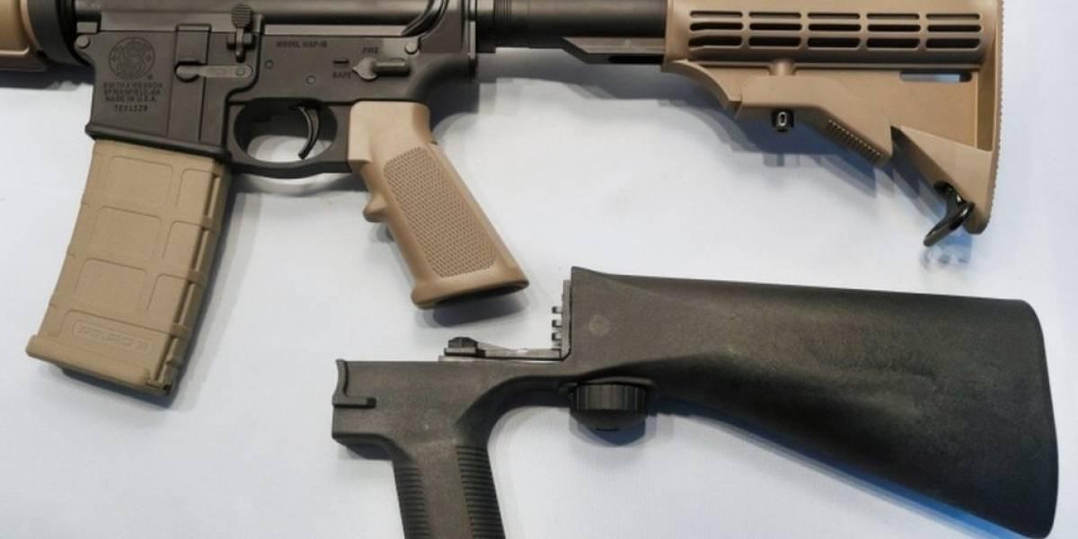 """Tiroteo en Florida: Trump impulsa la prohibición en Estados Unidos de los """"bump stocks"""", el dispositivo que permite a las armas semiautomáticas disparar como ametralladoras"""