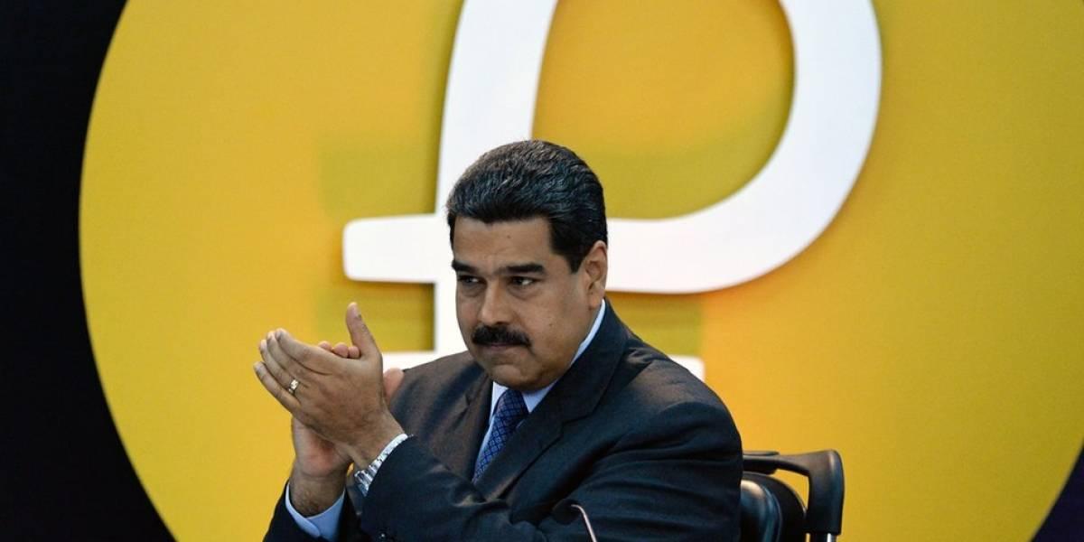 Nicolás Maduro inscribe su candidatura para reelección