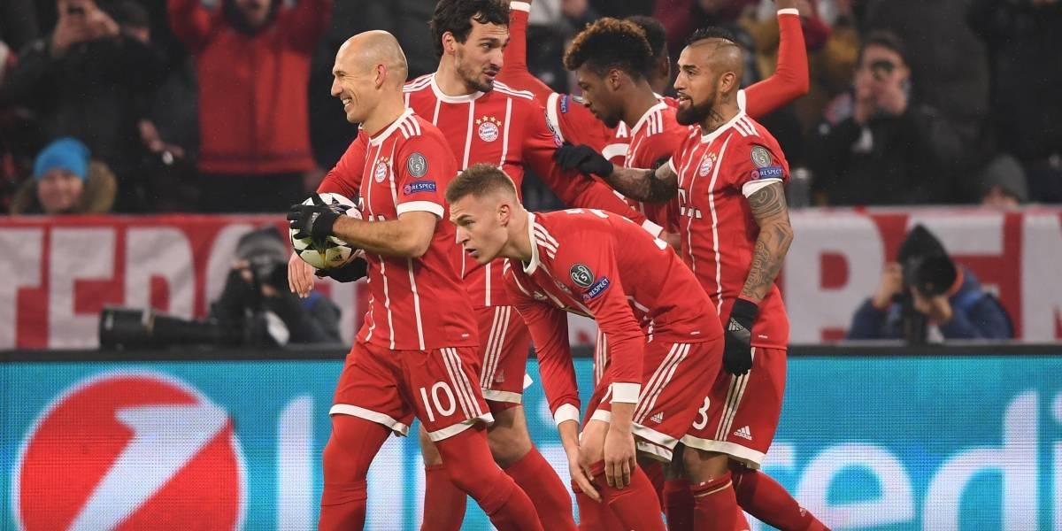 James salió lesionado en duelo entre Bayern y Besiktas