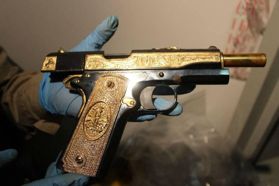 Decomisan armas de lujo, vehículos y joyería en Nuevo León