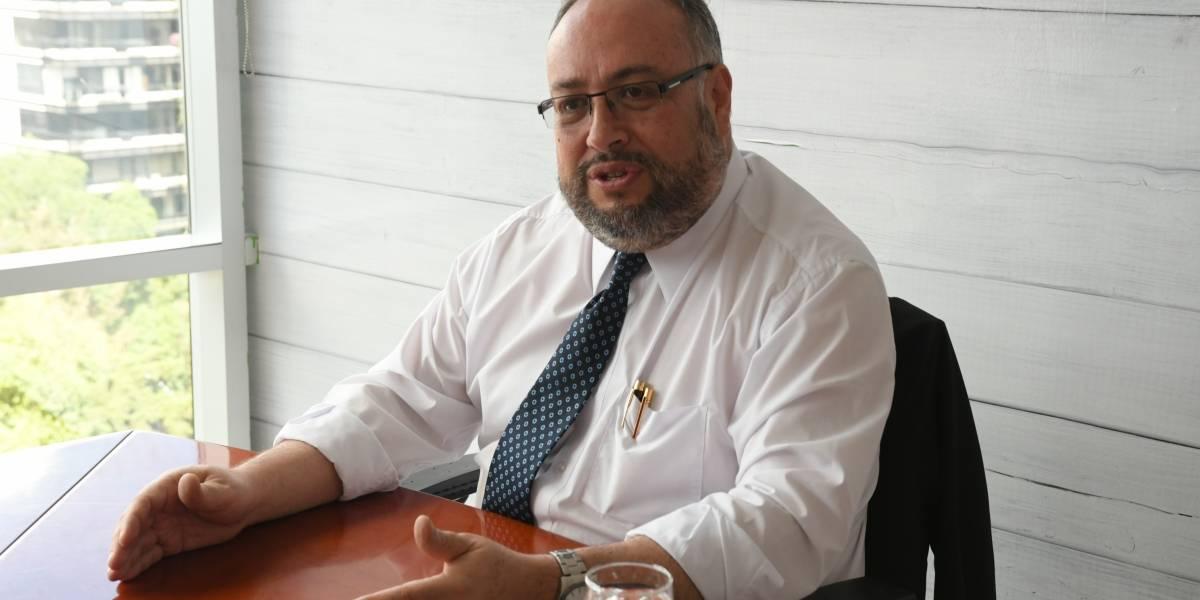 """Dr. Carlos Sierra: """"Tenemos que trabajar en una agenda que priorice la academia por sobre la política"""""""